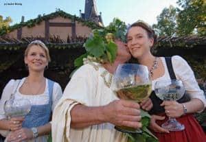 Weingenuss auf schmaler Spur