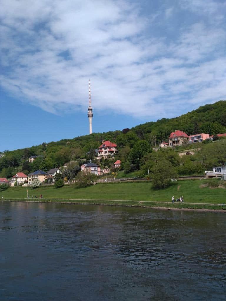 Elbhänge