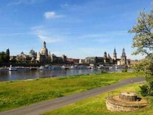 Whisky Picknick an der Elbe